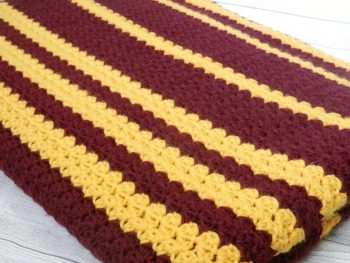 USC University of Minnesota team colors crocheted blanket