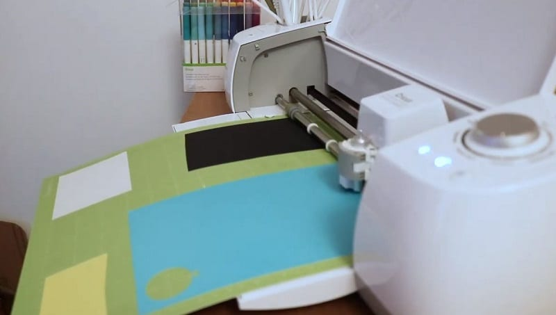 cut multiple colors on Cricut one mat