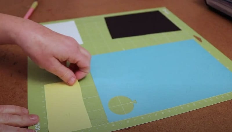 cut multiple colors on one mat